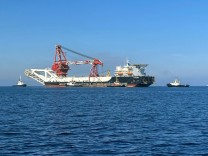 FILE PHOTO: FILE PHOTO: The pipe-laying vessel Fortuna makes its way to Wismar