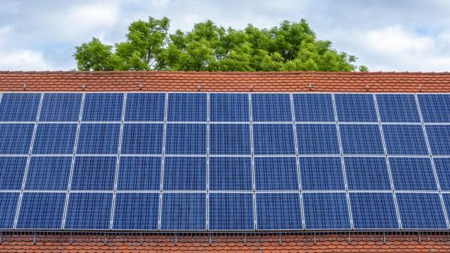 sonnenkollektor,photovoltaikanlage,solardach *** solar panel,photovoltaic system,solar roof zm6-g1j
