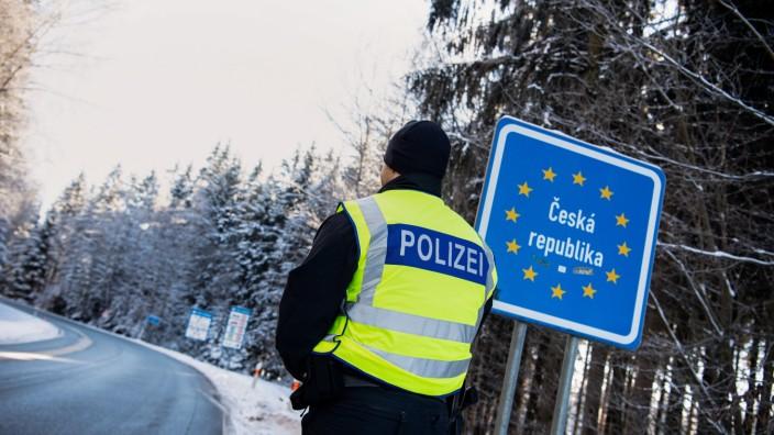 Coronavirus - Grenzkontrollen zu Tschechien
