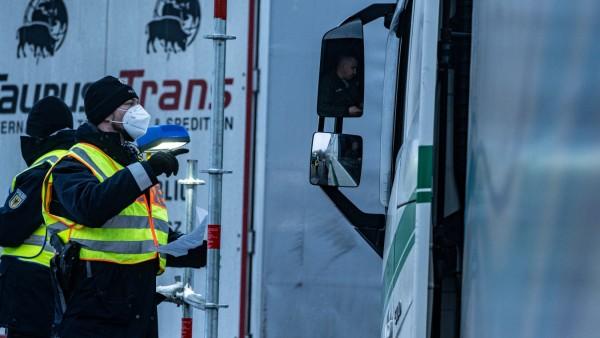 Coronavirus - Verkehrslage an deutsch-tschechischer Grenze