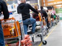 Coronavirus-Newsblog für Bayern: Bayern öffnet Baumärkte und Musikschulen