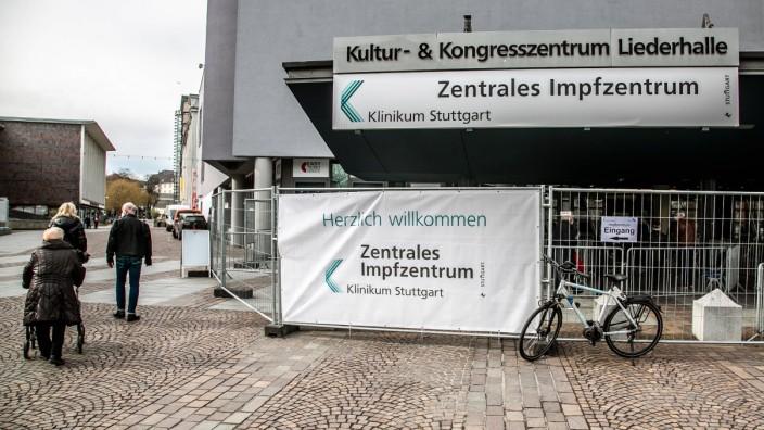 Zentrales Impfzentrum in Stuttgart in der Liederhalle