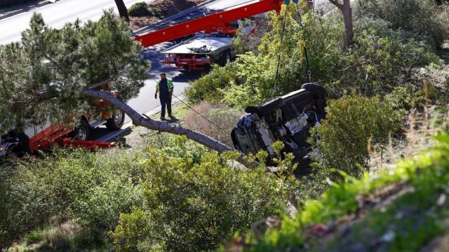 Das Auto von Tiger Woods nach einem Unfall bei Los Angeles