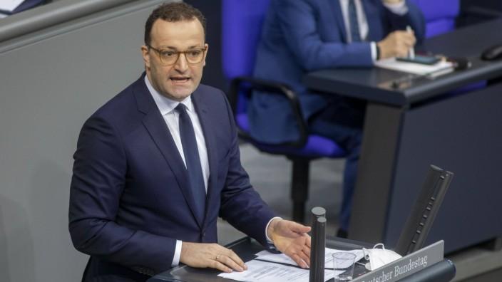 Corona in Deutschland: Gesundheitsminister Jens Spahn bei einer Regierungsbefragung im Bundestag