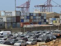 Gebrauchtwagen-Exporte: Ab nach Afrika