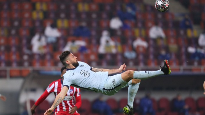 Sport Bilder des Tages Atletico Madrid v Chelsea UEFA Champions League Olivier Giroud of Chelsea scores their first goal