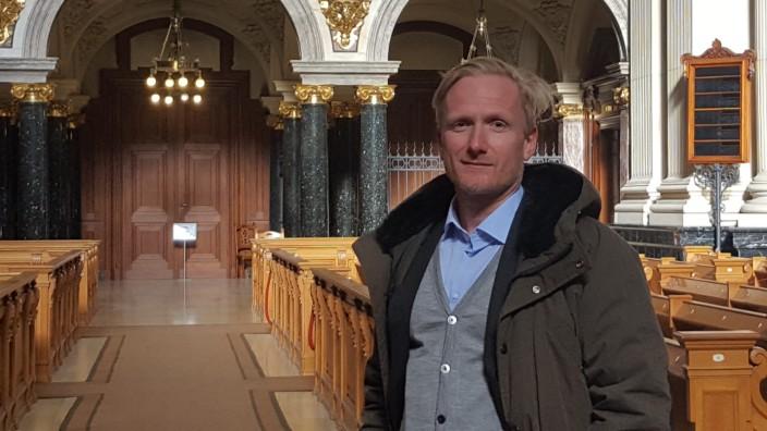 Domprediger Michael Kösling am 12. Februar 2021 vor bzw. im Berliner Dom, der wegen der Coronakrise kurz vor der Zahlungsunfähigkeit steht.