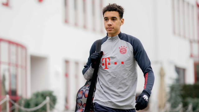 FC Bayern: Jamal Musiala beim Training an der Säbener Straße