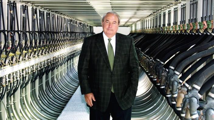 Vorstandsvorsitzender Heinz Hermann Thiele (Knorr-Bremse AG) in einem Bremsprüfstand des Werkes in München