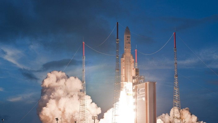 65th Ariane 5 mission, from Europe?s Spaceport