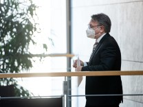 Korruptionsermittlungen: CSU-Abgeordneter Nüßlein lässt Amt als Unionsfraktionsvize ruhen
