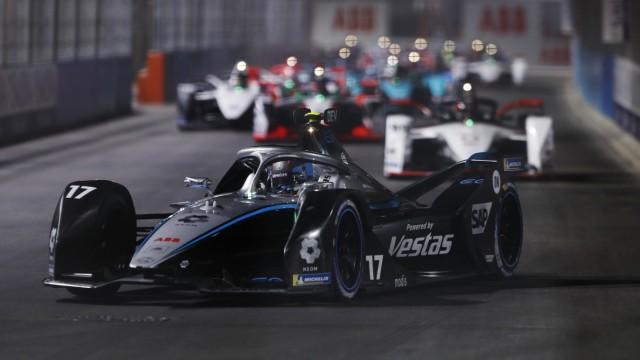 Formula E 2020-2021: Diriyah ePrix I RIYADH STREET CIRCUIT, SAUDI ARABIA - FEBRUARY 26: Nyck de Vries (NLD) Mercedes Ben