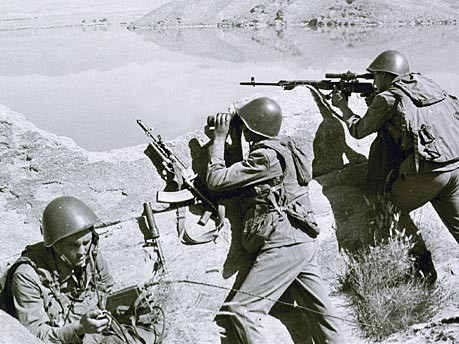 AP; im Bild: sowjetische Soldaten in den 80er Jahren in Afghanistan