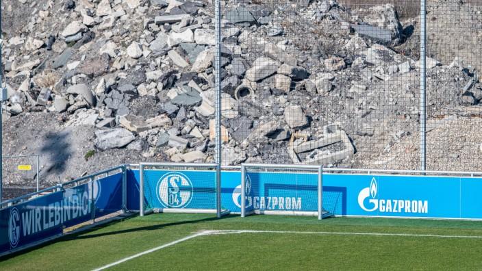 FC Schalke 04: Bauschutt neben dem Trainingsgelände