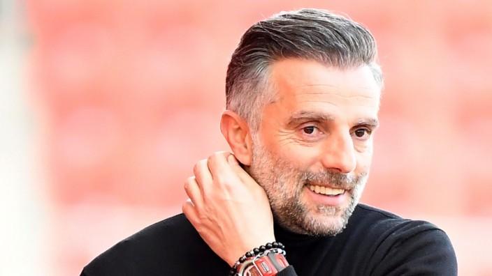 20.02.2021, xemx, Fussball 3.Liga, FC Ingolstadt - 1.FC Kaiserslautern emspor, v.l. Cheftrainer Tomas Oral (FC Ingolsta