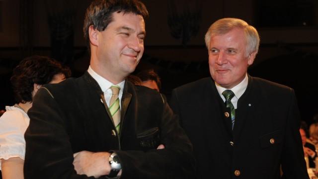 Horst Seehofer und Markus Söder bei der Starkbierprobe auf dem Nockherberg, 2011