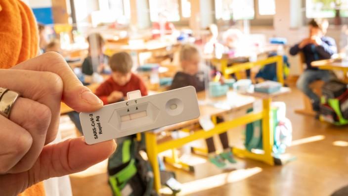 Coronavirus - Schnelltest an Schulen