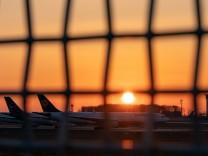 Impressionen Flughafen Frankfurt Rhein-Main 25.03.2020, Flughafen Frankfurt Rhein-Main : Maschinen, Flugzeuge der Lufth