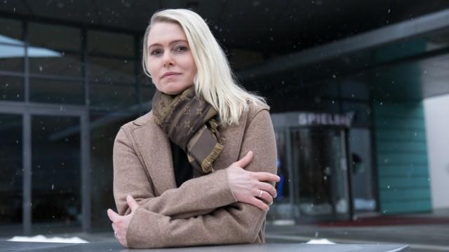 Andrea Meier, Croupiere in der Spielbank Bad Wiessee
