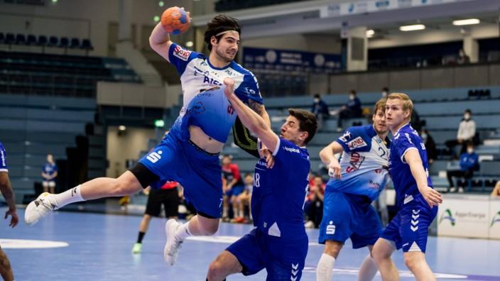 2. Handball-Bundesliga: VfL Gummersbach - TV Grosswallstadt; 17.02.2021 Savvas Savvas ( 77, TV Grosswallstadt), Alexand