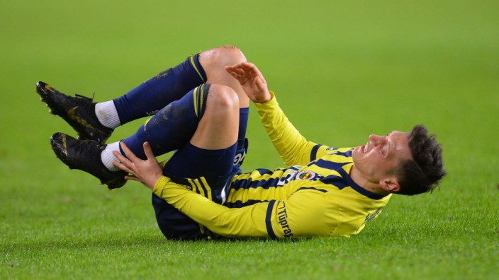 Mesut Ozil of Fenerbahce during the Turkish Super League football match between Fenerbahce and Antalyaspor at Ulker Sta