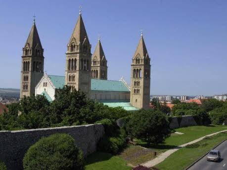 Kulturhauptstadt 2010 Pécs, dpa