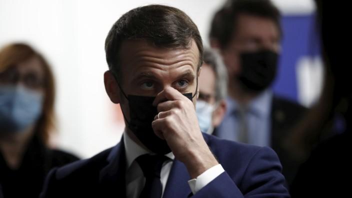 Corona-Strategie: Frankreich hat sich unter Präsident Macon in einem Dauerzustand des Halb-Lockdowns eingerichtet.