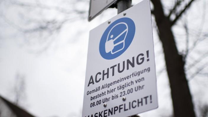 Feature Lockdown Bad Oeynhausen, Deutschland 18.01.2021 - Feature Lockdown : Maskenpflicht in einem Teil der Stadt. Fot