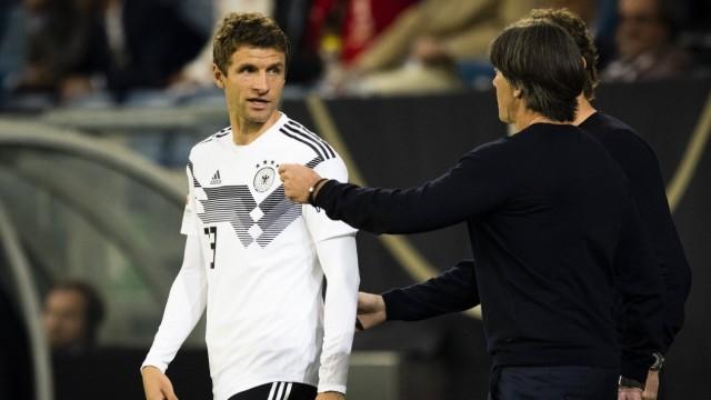 Sinsheim, 09.09.2018 Thomas Müller (Deutschland), Trainer Joachim Löw (Deutschland) Deutschland - Peru *** Sinsheim 09