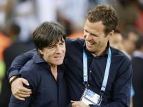 Löw Joachim Bundestrainer Team Deutschland mit Manager Oliver BIERHOFF FIFA Fussball Weltmeisterschaften 2014 in Brasil