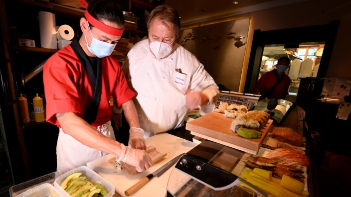 Mangostin Sushi Herstellung vom SushimEister Aree Seeharach(Joe)