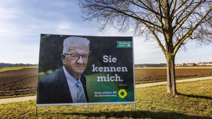 LTW BW 2021.Großplakat der Partei Die Grünen mit Spitzenkandidat und Ministerpräsident Winfried Kretschmann. // 20.02.2