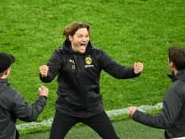 Champions League - Round of 16 Second Leg - Borussia Dortmund v Sevilla