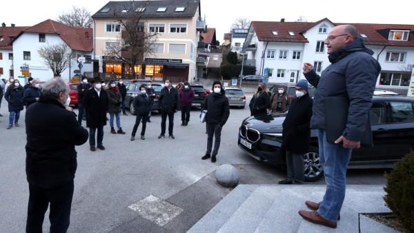 KRANZBERG: Ausbau der Oberen Dorfstrasse, Ortsbegehung