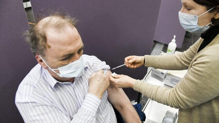Corona-Impfung in Finnland mit dem Astra-Zeneca-Vakzin