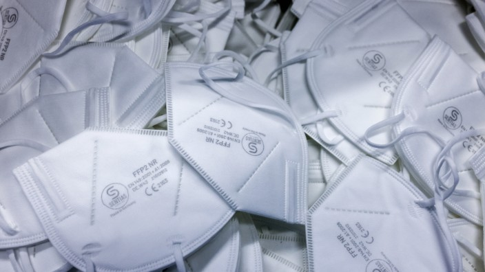 Wuppertal, Nordrhein-Westfalen, Deutschland - FFP2 Masken Produktion Made In Germany bei Sentias German Care. Wuppertal