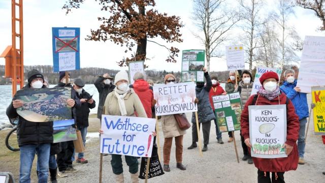 Wörthsee: Mahnwache - Wälder sollen leben!