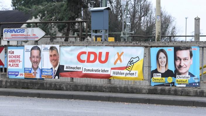 Landtagswahl in Rheinland-Pfalz 2021: Wahlplakate im Landkreis Neuwied
