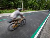 Erster Radschnellweg in Baden-Württemberg freigegeben