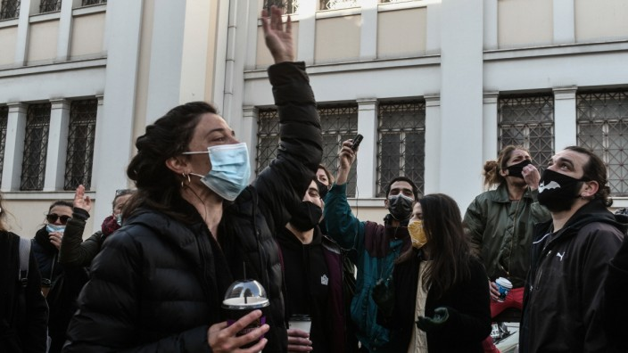 Künstler - Demonstration der griechischen Schauspielergewerkschaft vor dem Kulturministerium in Athen am Montag, 22. Feb