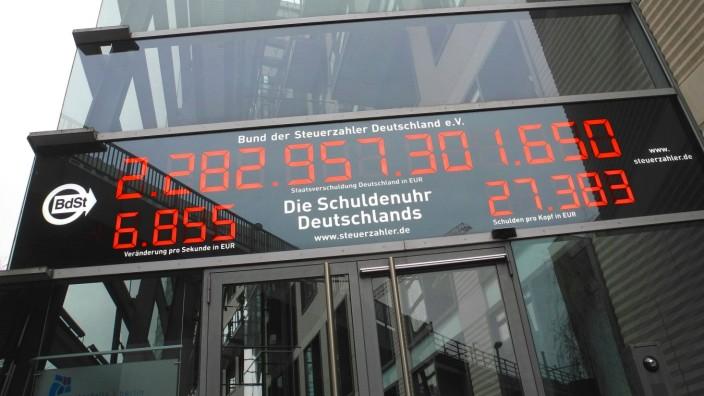 Bund der Steuerzahler Deutschland e.V. Schuldenuhr rast *** Bund der Steuerzahler Deutschland e V Debt clock races