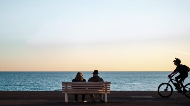 Urlaub in Frankreich: Die Promenade des Anglais in Nizza