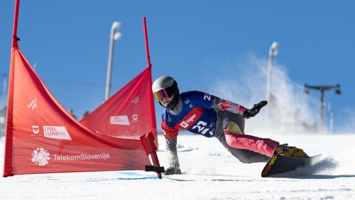 FIS Snowboard Alpine World Championships - Women's Parallel Slalom Qualification