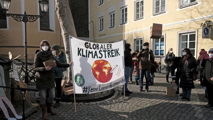 Klimademo: Wolfratshausen war dabei beim globalen Klimastreik. Und auch in Bad Tölz gingen die Aktivisten auf die Straße.