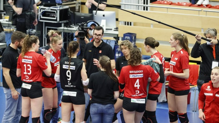 Rote Raben Vilsbiburg (rot) vs. SC Potsdam Vilsbiburg (Bayern/Deutschland) Volleyball Frauen, 1. Bundesliga, Viertelfina
