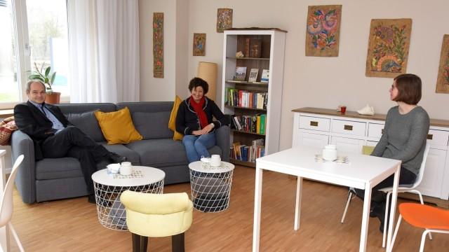 Inklusionsprojekt: Das Quartierswohnzimmer nutzen pandemiebedingt vor allem Klaus Sitte und seine Kolleginnen Barbara Wenzl und Julia Danisch.