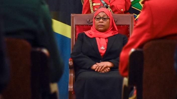 Präsidentinnen in Afrika: Seit März im Amt: Staatspräsidentin Samia Suluhu Hassan folgte auf den verstorbenen John Magafuli.