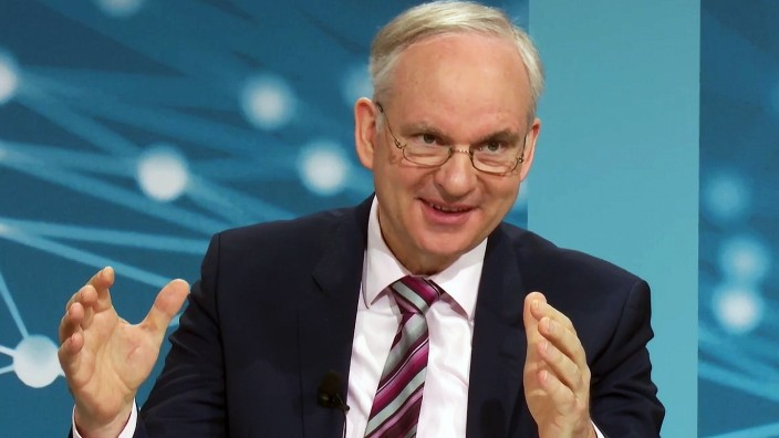 Deutschland, Essen, 24.03.2021 Bilanzpressekonferenz der EON SE Foto: Johannes Teyssen,Vorstandsvorsitzender der E.ON SE