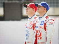 9 Nikita Mazepin (RUS, Haas F1 Team), 47 Mick Schumacher (GER, Haas F1 Team), F1 Pre-season Testing at Bahrain Internat