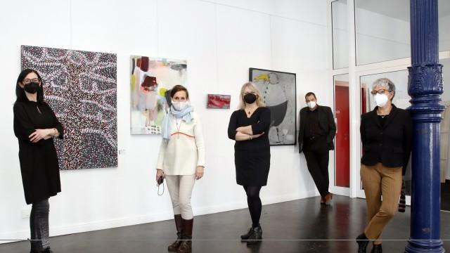 Vier Künstlerinnen im Blausen Haus